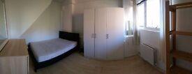 Double room to rent in Putney