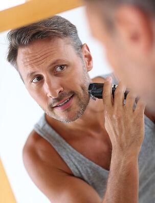 Rasur bei empfindlicher und unreiner Haut