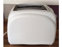 2 slice toaster in good clean condition and good working order.