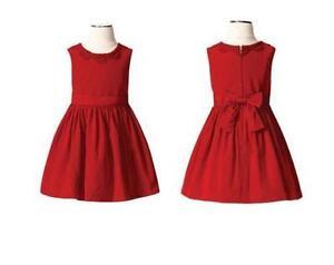 Former orphan donates christmas dresses to help girls feel