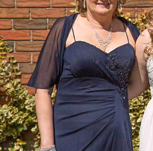 Women's 2 pce prom/wedding dress size 14 navy blue
