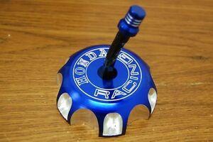 NEW-BLUE-CNC-BILLET-FUEL-GAS-CAP-For-Honda-2004-2009-CRF250R-X-CRF450R-X-U-GC10
