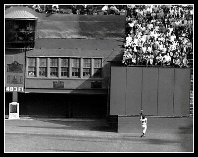 Willie Mays World Series Catch - Willie Mays Photo 11X14 The Catch 1954 World Series New York Giants Polo Grounds