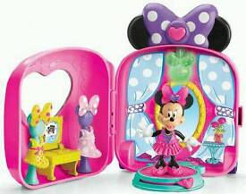 Minnie Mouse Bowtique Fashion On The Go Playset