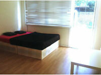 HERE WE HAVE THE BEST OFFER ON DOUBLE ROOMS IN LEWISHAM! CALL NOW!