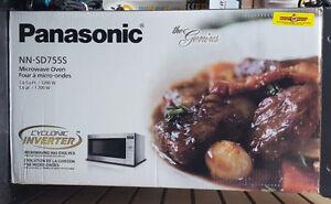 Brand New Panasonic Microwave
