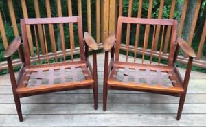 Lounge chairs and sofas wanted. Mid century