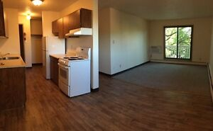 Spacious 2 Bedroom Apartment Available! Call 306-314-0214
