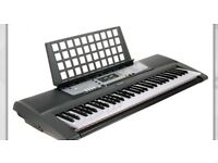 YAMAHA EZ200 61 keys KEYBOARD