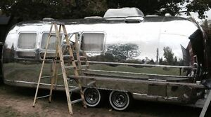 Fully Restored 1970 Airstream Carvanner
