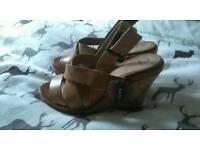 Ladies Wedged Sandals