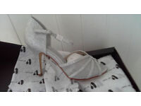 silver wedding sandals size 7 new