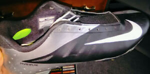 Nike men's football cleats. Mint condition, never work.