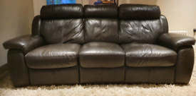 DELIVERY INCLUDED VGC 3 seater genuine leather electric recliner sofa