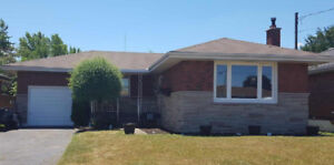 For Sale! Stoney Creek Bungalow.