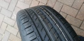 Jaguar wheel and new tyre 235/55/17