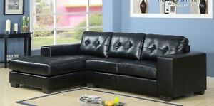 Sectional with right or left chaise