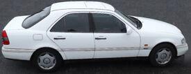 Mercedes Benz 1995 C220