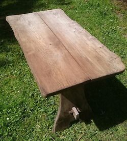 GARDEN TABLE - SOLID OAK
