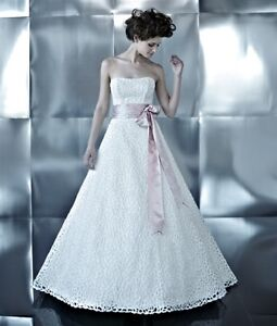 Ivory Strapless Lace Wedding Dress Size 8