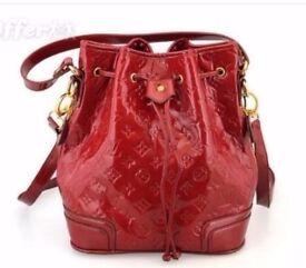Women's Handbag Shoulder Bag NWT Red VL Great Gift !