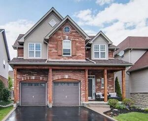 Executive Home /Kiwanis Park area ONLY $689,900!!