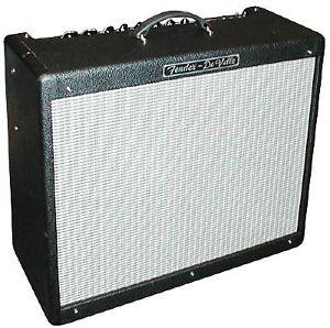 Fender De-ville 212