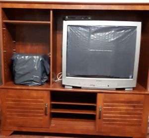 TV /Entertainment Stand