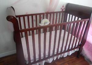 Crib with Dresser and Change Table