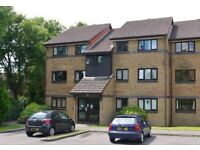 2 bed second floor flat locks heath, £765/month, available end of October, southampton, fareham,