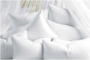 NEW-LUXURY-100-DUCK-FEATHERS-PAIR-OF-PILLOW-with-WHITE-COVER-POSTAGE-FREE