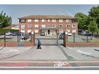 Allocated, Securely Gated Parking Spaces, Close to***L/POOL WOMENS HOSPITAL & UNIVERSITY***(4154)