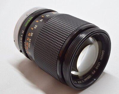 [Near Mint!] Canon FD 135mm F/2.5 S.C. MF Telephoto Lens w/cap(F,R) & case