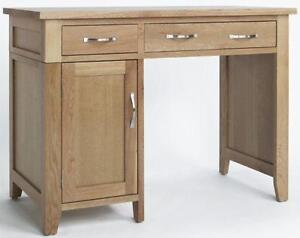 Superbe Small Oak Desk