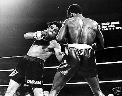 Roberto Duran v Moore #1 Action 10x8 Photo