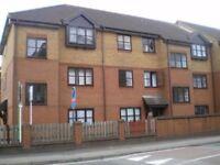 2 Bedroom Flat to rent in Brunel Road, Redbridge