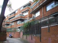 VERY SPACIOUS ONE BEDROOM FLAT BY QUEENS ROAD PECKHAM. DSS WELCOME.