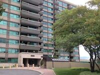 555 Brittany - 2 Bedroom Plus Den Corner Condo Apartment, Ottawa