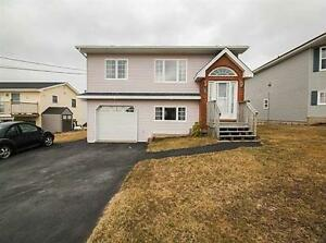 Eastern Passage Home w. Harbour Views
