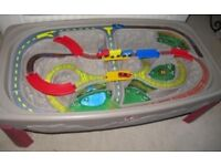 Train and track table