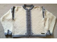 Norwegian Ladies Cardigan Cream with grey/blue highlights