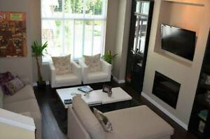 South Surrey: Bright 3 Bedroom, 2.5 Bath, townhouse for rent