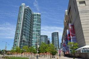 Downtown Toronto Front & Spadina.Condo for rent 1 bedroom+den