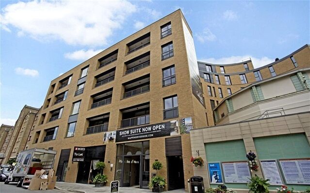 2 bedroom flat in Marc Brunel House, 136 Wapping High Street, Wapping