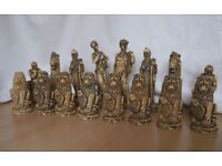 CHESS SET (CLASSICAL THEME)