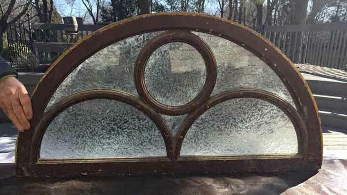 Antique ARCHED TRANSOM  GLASS WINDOW W CIRCULAR MOLDINGS