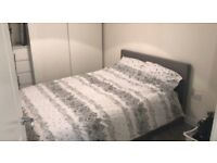 DOUBLE ROOM & OWN BATHROOM TO RENT IN BRACKNELL