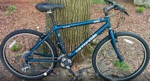 Cannondale M700 Mountain Bicycle with Lightweight Frame