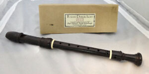 FLAUTO DOLCE ALTO RECORDER made by MOECK
