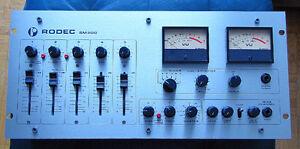 RODEC SM200 Audio Mixer